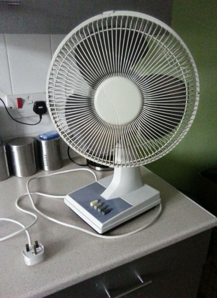 Gumtree Desk Fan : Desk fan speed only £ in reddish manchester