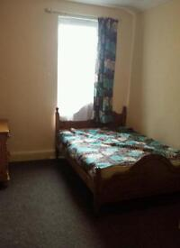 Double bedroom Available ensuit