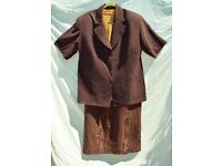"Ladies Autumn Browns Full Suit: Jacket, Skirt & Top C50-52"" & W40"" & L41"""