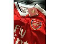 Arsenal 2016/17 Home Shirt - Adult Medium