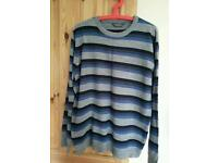 Men pullover size XL