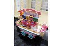 Sylvanian Families- 55 piece Sweet Stall