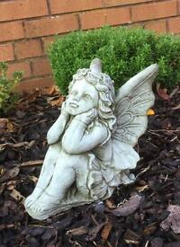Small garden grave ? Angels £15