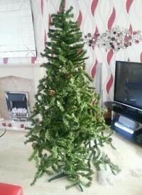 ★★★NEXT 6' FOOT PINE CHRISTMAS TREE★★★
