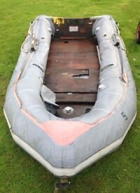 Avon S250 Rib with Hand Pulled Trailer