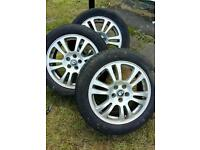 Jaguar alloys with 1 good tyre