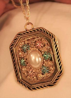 Large Heavy Rope Rim Rectangle Raised Colorful Flowers SimPearl Goldtn Necklace