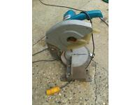 MAKITA HEAVY DUTY MITRE SAW 110 VOLT GOOD WORKING ORDER