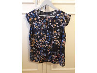top size 12 with flowers summer top floral office top