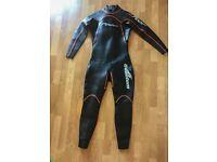 Foor 2. Quantum Wetsuit swimming triathlon size 4.5