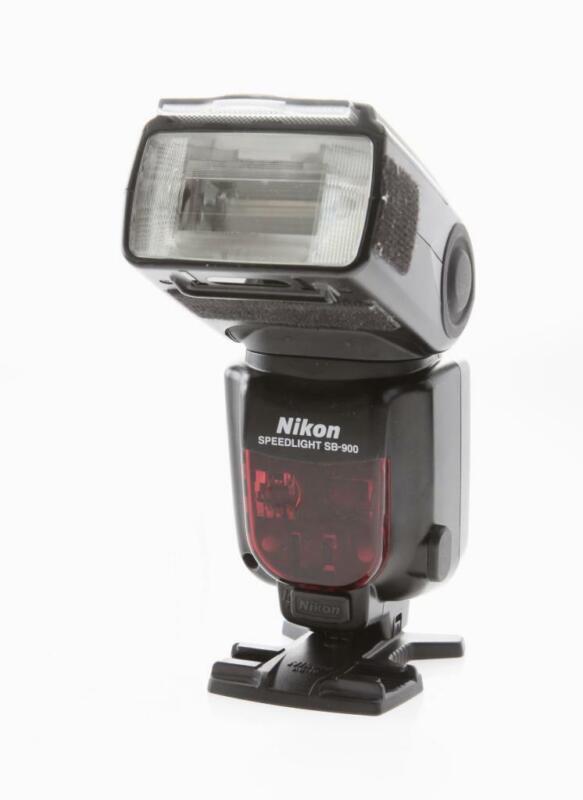 Nikon SB-900 Speedlight Flash Unit
