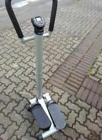 Exercise machine for the legs