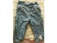 4 pairs of girls jeans 3x 12-18 months 1x 2years