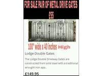 Double metal drive gates
