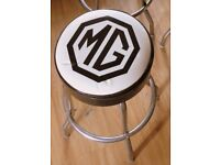 MG BAR STOOL