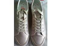 LADIES S.OLIVER CHAMPAGNE METALLIC PLIMSOLL/TRAINER, UK SIZE 7, RRP £49.99, BRAND NEW IN BOX