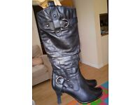 excellent quality genuine leather. natural fur, new, size 6/5-7UK,size 39