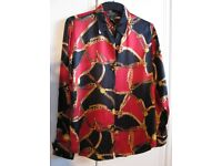 100% SILK Ralph Lauren Vintage blouse in vibrant reds and blacks with belt and chain print