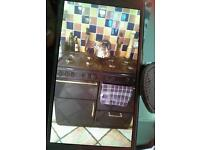 gas cooker and extractor fan plg