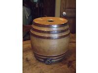 Large vintage Stoneware/Ceramic brandy barrel - Doulton & Co Lambeth