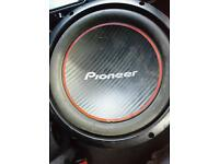 READ DESCRIPTION!!! Sub poineer subs and fli amp