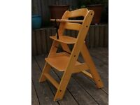 'Baby Plus' all wood high chair: safe design, easy to adjust and wipe down.