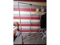 Adjustable metal clothes rail SMALL HEATH