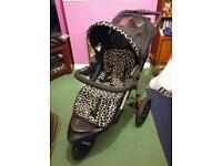 Mothercare Xtreme Pushchair & Car Seat Combination - Giraffe Print