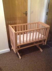 Mamas & Papas Breeze Crib Compact bedside crib with gentle gliding motion