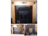 BEAUTIFUL BLACK MARBLE FIREPLACE AND HEARTH WITH GORGEOUS WOODEN SURROUND*** £150...
