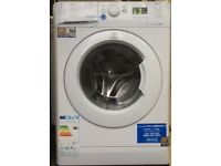 INDESIT 8kg washing machine 1600 spin £120 good condition