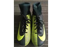 Nike Mercurial Cr7 size 5
