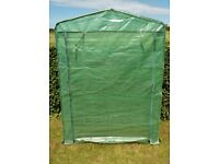 167.5 X 120.5 X 49 cm 4 Tier Plastic Zip Cover Greenhouse with Metal Frame Garden Grow House