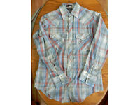 Men's Vintage Cowboy Western genuine Outlaw Shirt from the USA size Medium, poppers