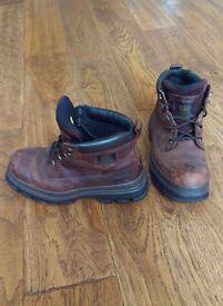 CAT walking boots size UK 7