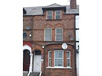 Huge 1/2 bed flat Richmond Grove, Victoria Park, M13 0DP. First floor. Managed by landlords.