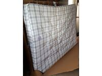 Queen Mattress in perfect condition