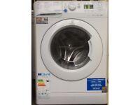 INDESIT 8kg washing machine machine 1600 spin £120 good condition