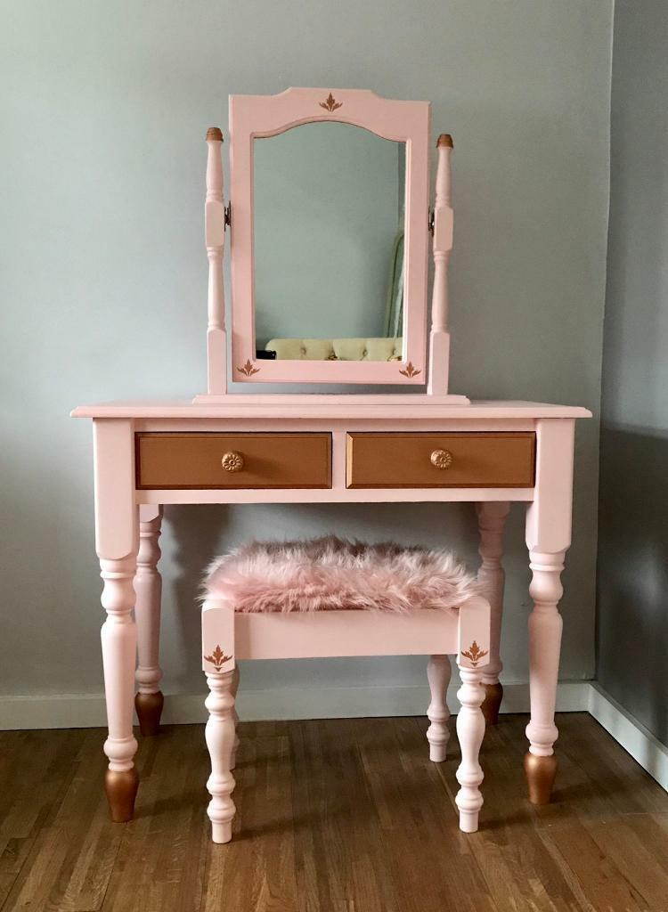 Dressing Table With Mirror And Stool: Dressing Table Mirror And Stool