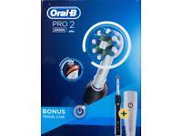 Oral-B Pro 2 2500N black