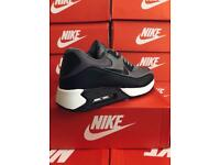 ** Nike Air Max 90s ** Brand New Need Gone ASAP!