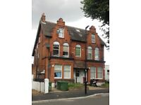 DSS OK STUDIO FLAT WITH PRIV GDN 5MIN TOOTING BEC COMMON SUIT MOTHER&CHILD