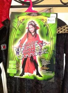 Girls Vampire/Crimson Countess Costume Kitchener / Waterloo Kitchener Area image 3