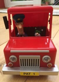 Postman Pat friction van with two removable figures Pat & Jess the cat