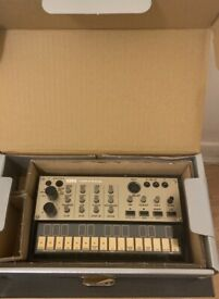 Korg - Volca Keys Analogue Loop Synth with *Midi Out Mod*. In Box