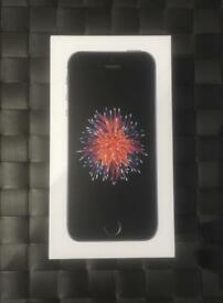 iPhone SE box