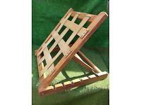 Garden beach deck chair rest
