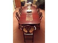 Beautiful Large Family Antique Style 8 seater Mahogany table & Chairs