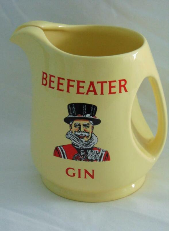 VINTAGE WADE POTTERY YELLOW BEEFEATER GIN PITCHER - EXCELLENT!