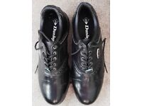 FOR SALE IS A PAIR OF USED DUNLOP 65I GOLF SHOE SIZE UK 9 - EURO 43